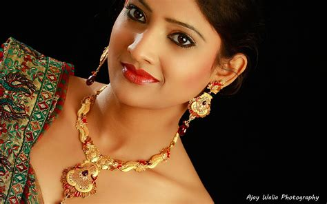 Jewelry Photography with Model