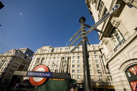 Lavorare Al Consolato Italiano A Londra by Monumenti Di Londra Londra