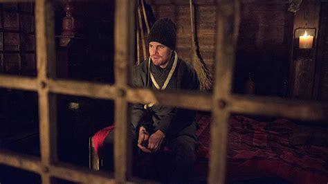 Résumé Episodes Better Call Saul by Arrow S Stephen Amell Oliver Returns A Quot Humbled Quot The Reporter