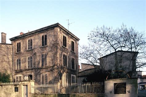 maison du rhone caluire le prix d entr 233 e 224 la maison du docteur dugoujon fix 233 224 2 euros