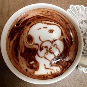 Hot chocolate latte art Of Snoopy | GELATO+NUTELLA ...