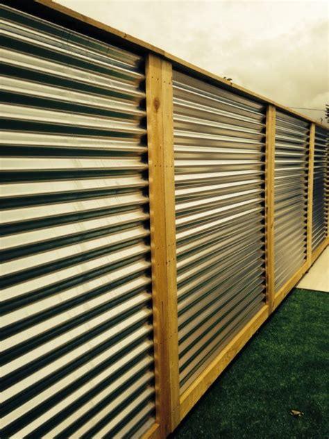 corrugated metal fence panels schutting tuin buitenterras patio