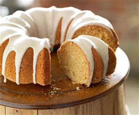 delicious maple syrup cake recipe