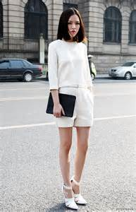 All White Outfit Street-Style