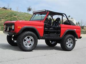 Gorgeous First-Gen Bronco Ready to Flex on the Beach - Ford-Trucks.com