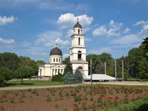 Things to See in Chisinau, Moldova; A walking tour | One ...