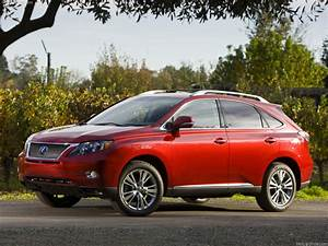 Lexus RX 450h Picture 11 Of 110 Front Angle MY 2010