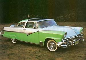 1956 Ford Fairlane Crown Victoria Sport Coupe f3q