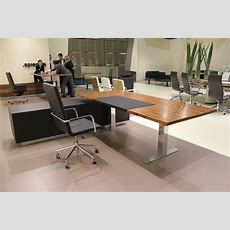 Germanmade, Height Adjustable Desk With An Amazing Wood
