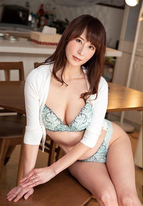 Reiko Sawamura Photo Gallery