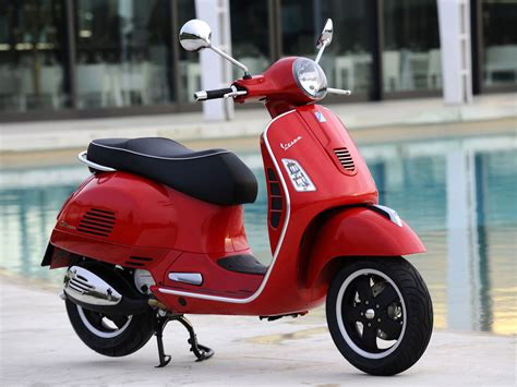 Vespa Scooter Pictures. 2009 Gts 125 Super. Accident Lawyers