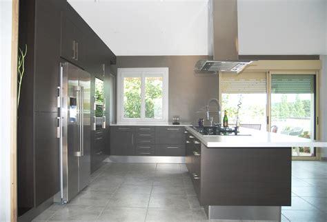 cuisine frigo cuisine avec frigo americain integre kirafes