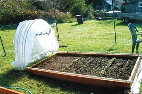 Garden Bed Cover Ideas 12 hoop house plans to enjoy gardening throughout winter