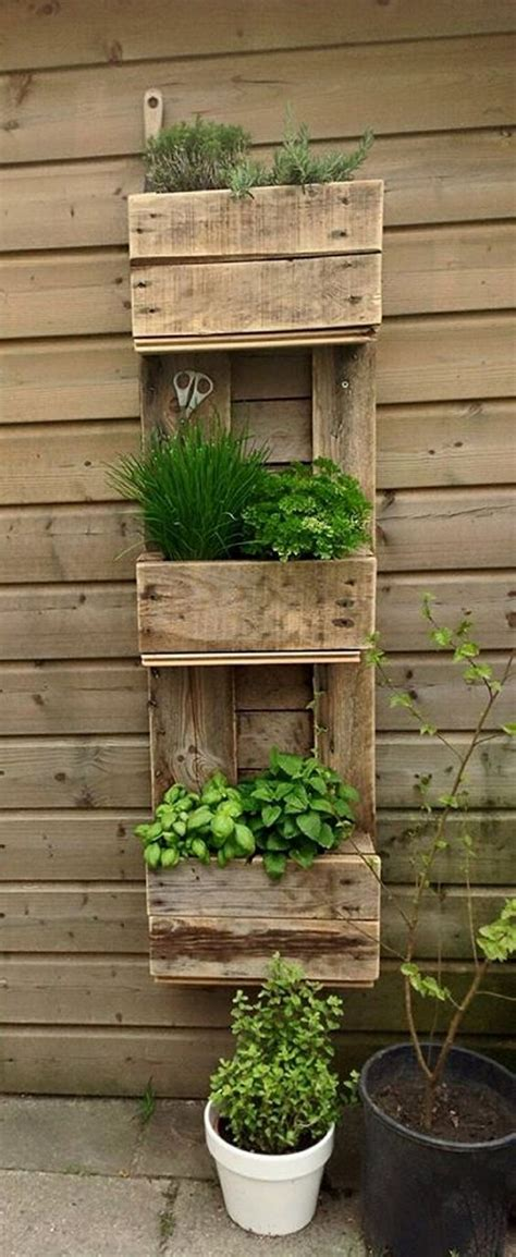 upcycled wood pallet planters upcycle art