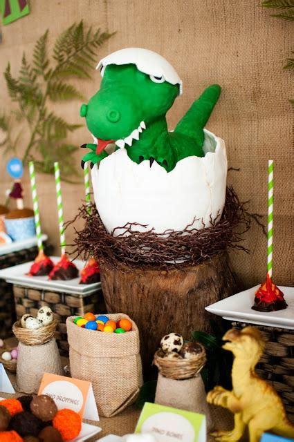 super cute dinosaur themed birthday zachysaurus