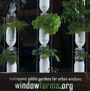 Vertikaler Garten Kaufen : window farms gartentip garten vertikaler garten und vertikaler gem segarten ~ Watch28wear.com Haus und Dekorationen