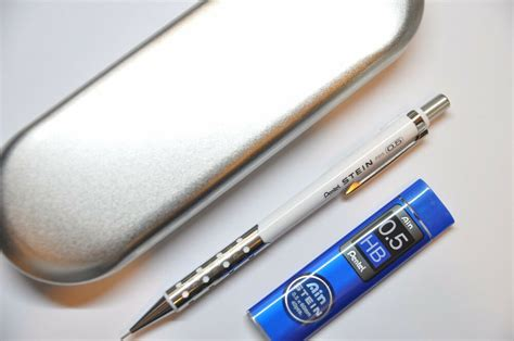 Pentel Stein 0.5 Mm Mechanical Pencil White Barrel With Hb