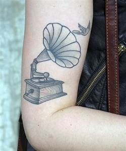 gramophone tattoo | tattoos | Pinterest | Gramophone ...