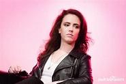 Beautiful images of Amy Manson - Richi Galery
