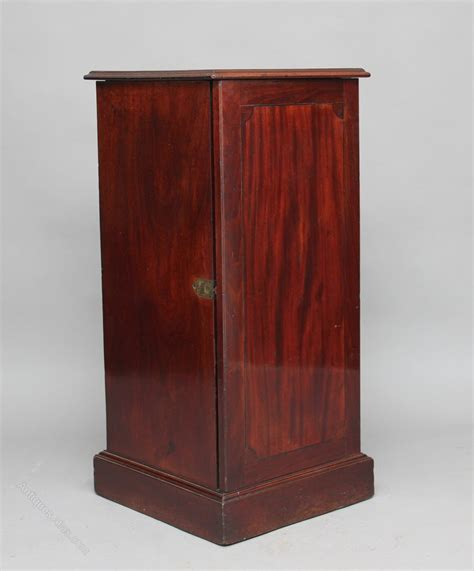 mahogany wine cabinet early 19th century mahogany wine cooler cabinet antiques 3972
