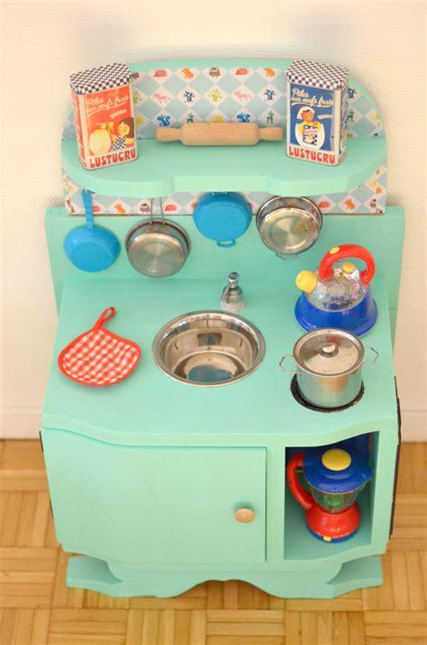 comment fabriquer une cuisine pour fille amazing diy une cuisine enfant en bois with fabriquer