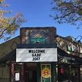 Vine Street Pub & Brewery - Bar - Denver - Denver