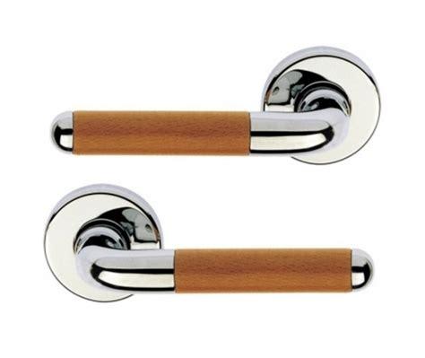 poignee de porte ronde poign 233 e de porte int 233 rieure en laiton chrom 233 brillant et bois sur rosace ronde bec de