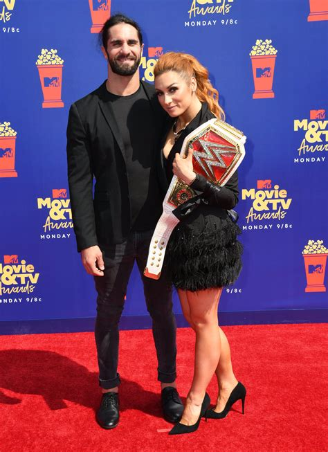 wwes becky lynch  seth rollins announce engagement