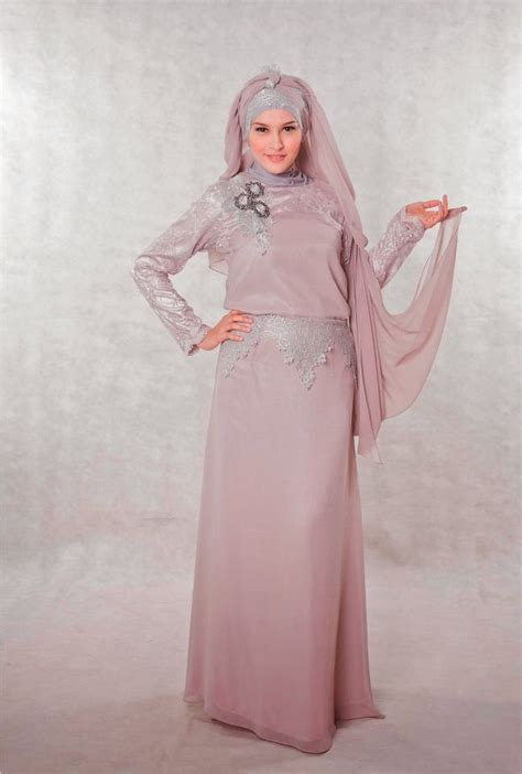 dress brokat mewah model gaun pesta warna merah hairstylegalleries