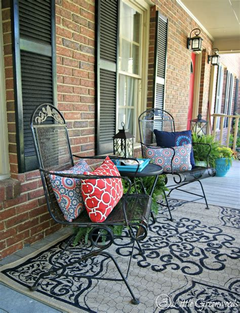 Outdoor Decorating Ideas Front Porch by Refresh Your Home With Southern Front Porch Decorating Ideas