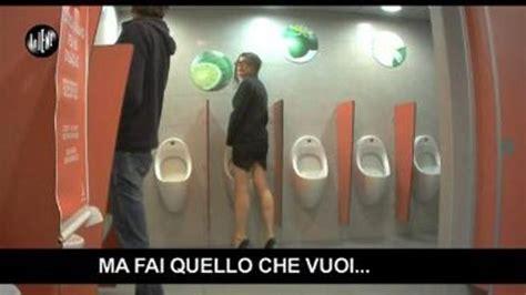 donna scopata in bagno italiana scopata nel bagno