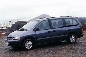 Batterie Chrysler Voyager 2 5 Td : chrysler grand voyager 2 5 td se luxe 1999 parts specs ~ Gottalentnigeria.com Avis de Voitures