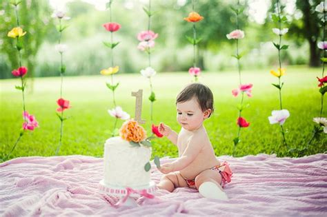 backyard wedding on a budget – Ideas for a Budget friendly, Nostalgic Backyard Wedding & Reception « The Seasonal Home