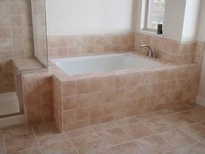 Cleaning bathroom tile how to clean bathroom tile for How to do bathroom tile
