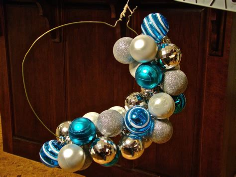 how to make wreath with christmas balls 301 moved permanently