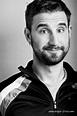 Classify Spanish comedian Dani Rovira