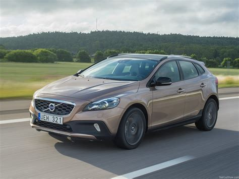 Volvo V40 Cross Country Hd Picture by Volvo V40 Cross Country 2014 Picture 8 Of 38 1280x960