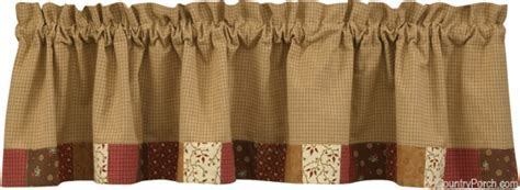 Grandma's Quilt Lined Bordered Curtain Valance