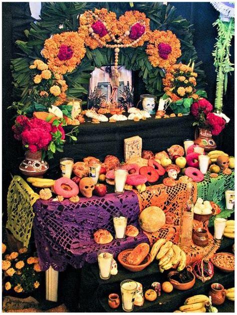 Dia de los muertos home altar Decoracion dia de muertos