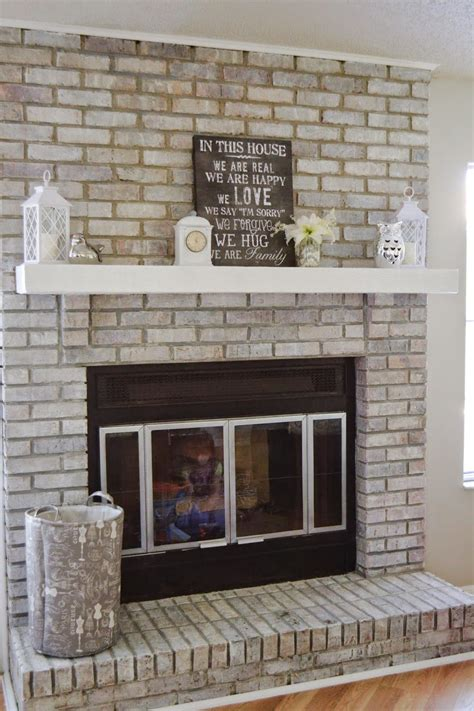 moms world   white wash  fireplace   easy steps home    heart