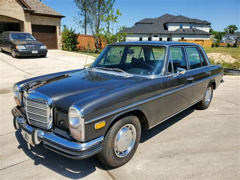 The most durable mercedes cars ever built are those of the new generation w114/115 series, dubbed strich acht ('slash eight'), introduced at the frankfurt auto show of 1967. 1972 Mercedes-benz 250c Sedan Grey Rwd Automatic - Used Mercedes-benz 200-series for sale in ...