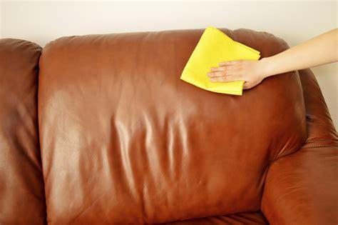 nettoyer cuir canapé un truc de grand mère pour nettoyer canapé en cuir