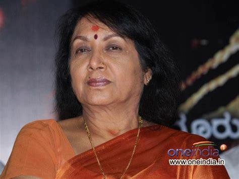 actress jayanthi kannada kannada actress jayanthi hospitalised oneindia news