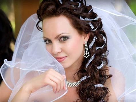 Wedding Hairstyles With Veil : Romantic Bridal Hairstyles