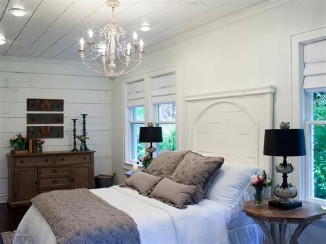 Joanna Gaines Bedroom Design Ideas by Joanna Gaines Bedrooms Photos Hgtv S Fixer With