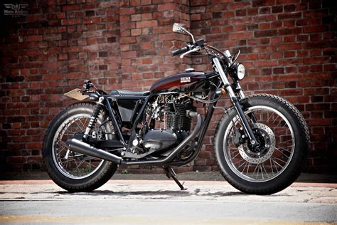 Motorcycle : Kawasaki 250tr By Heiwa Motorcycle Japan