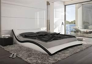 Bett 1 60x2 00 : gewelltes geschwungenes lederbett polsterbett leder bett schwarz wei supply24 ~ Bigdaddyawards.com Haus und Dekorationen
