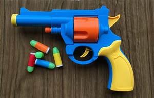 Realistic 1:1 Scale .45 ACP Revolver Prop - Rubber Bullet ...