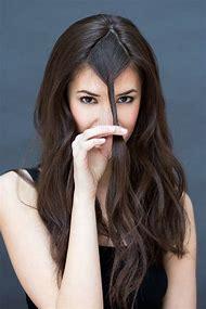 Small Forehead Hairstyles Long Hair