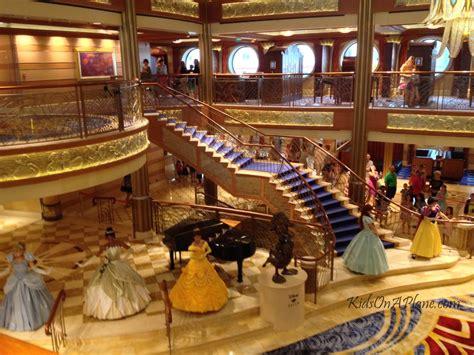 photo tour of the disney dream cruise ship disney dreams